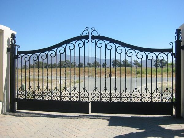 Electric Gate, Black Texture Semi-gloss Powder Coated